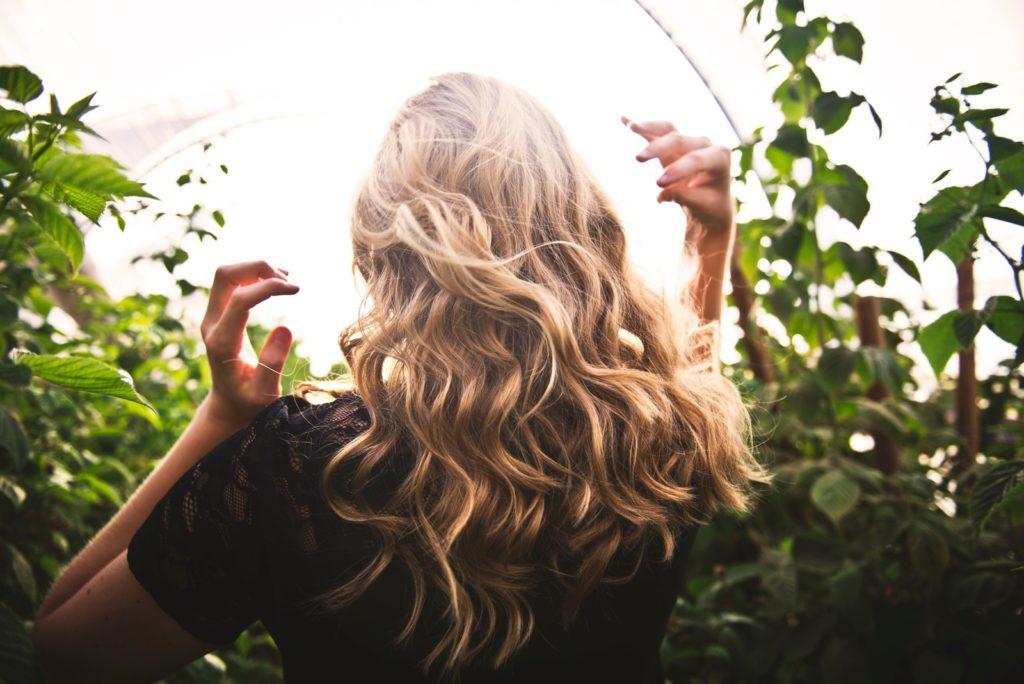 Преобразование тонких волос в толстые и обьемные