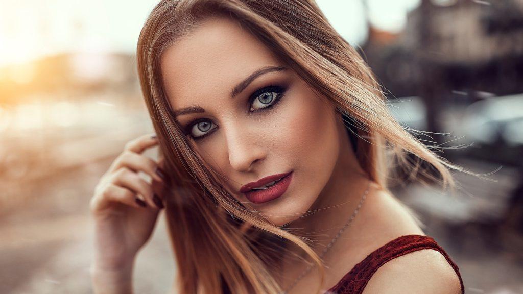 Советы стилистов как в любой ситуации выглядеть идеально и красиво.